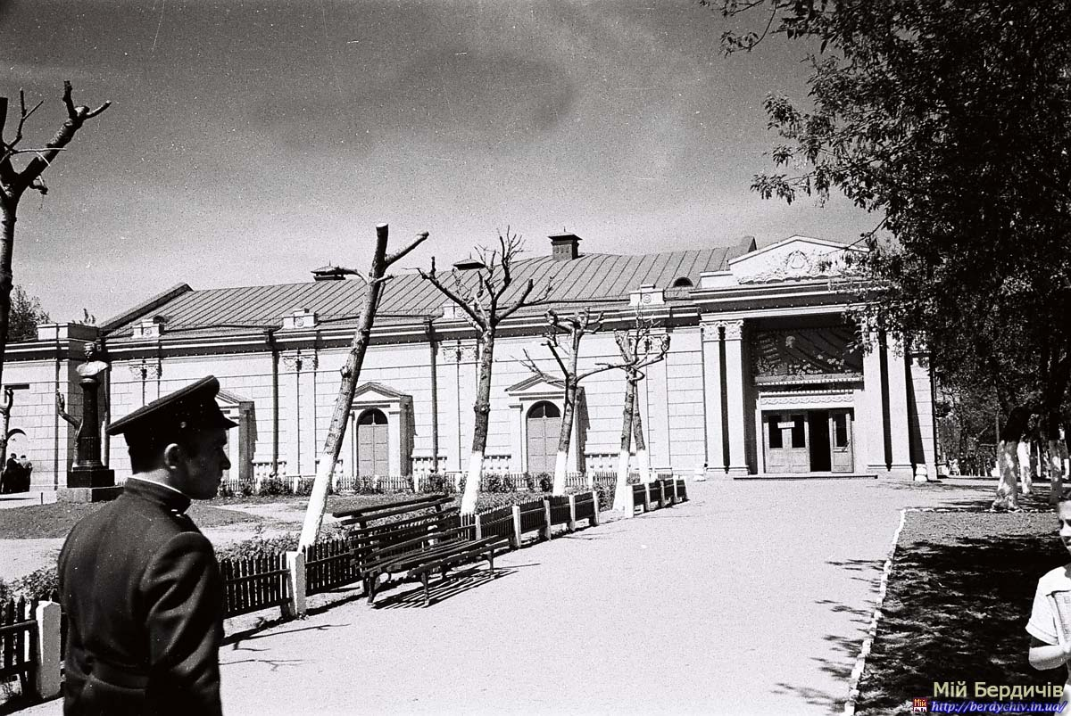 kinoteatr_frunze_08